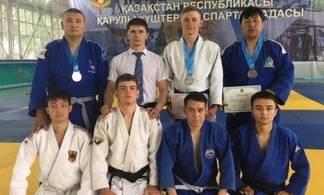 Глухонемые дзюдоисты из Павлодара выиграли медали чемпионата страны